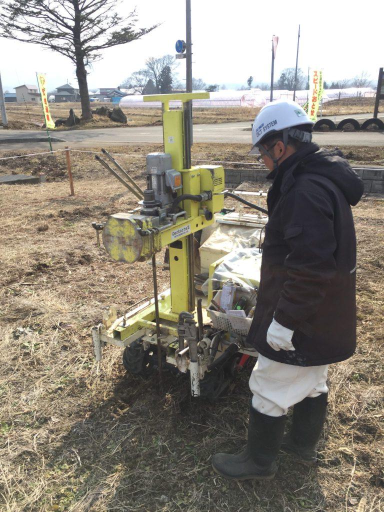 地盤調査 作業